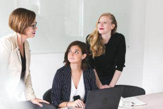 three-business-women_925x@2x